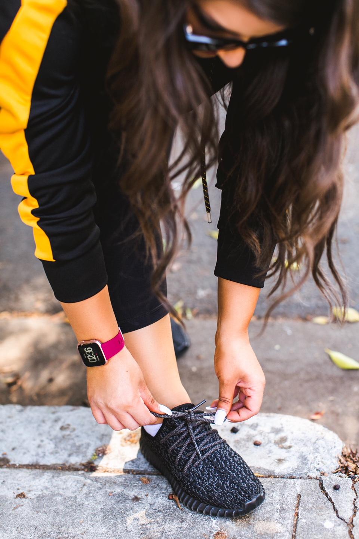 Fitbit Versa Smartwatch - Kohls