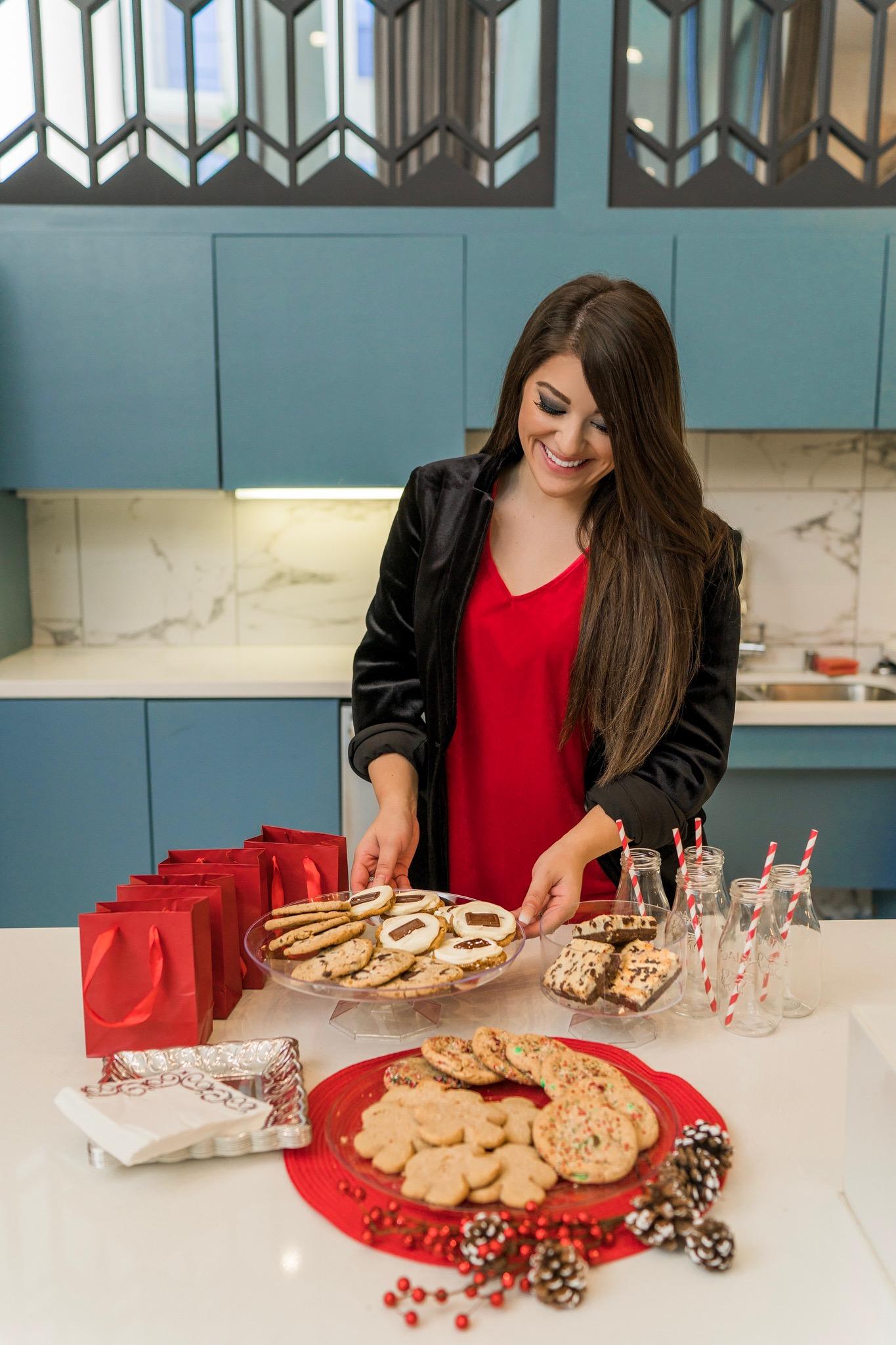 Cheryl's Cookies - Beyond Casual B